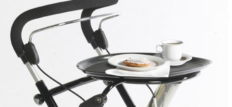 Indendørs rollator med kaffebord